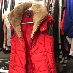 Jackets & Blazers - Red hooded vest with faux fur collar